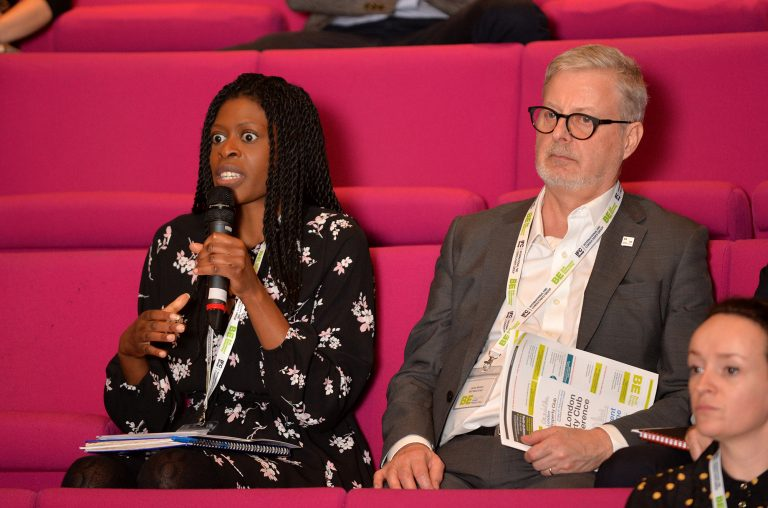 Attendee-asks-the-panel-a-question-at-London-Property-Club-2019