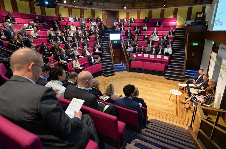 Networking-Event-in-the-Royal-Institution