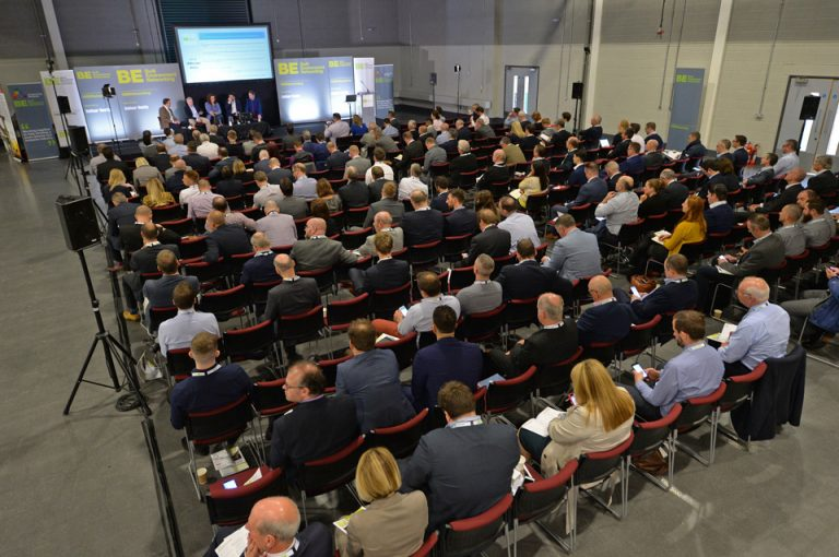 Everybody-seated-for-Manufacturing-Conference-Exhibition-2019