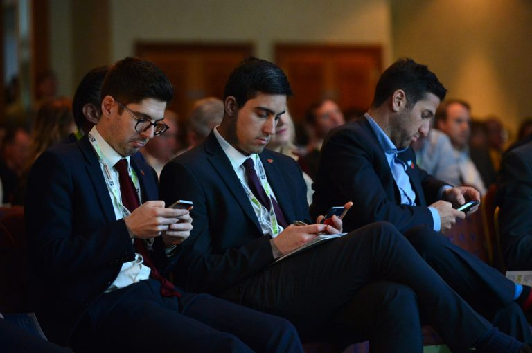 HS2-Economic-Growth-Conference-Attendees-Technology-Phones