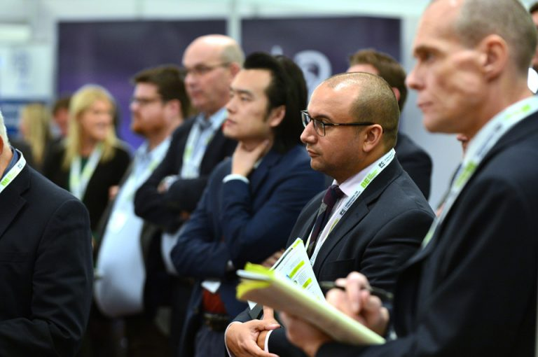HS2-Economic-Growth-Conference-Listening-Delegates-Speaking-Presentations-Stand