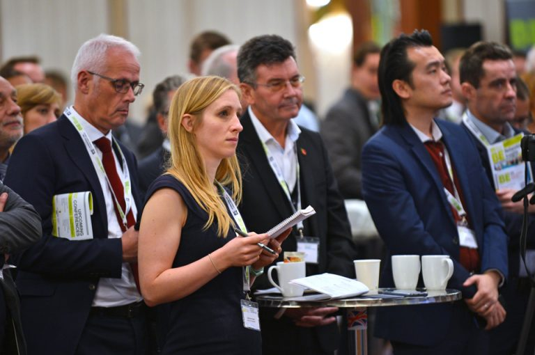 HS2-Economic-Growth-Conference-New-Civil-Engineer-Audience-Listening-Presentations
