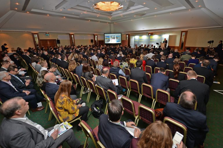 HS2-Economic-Growth-Conference-Sir-Terry-Morgan-Event-Large-Crowd-Birmingham-Conference