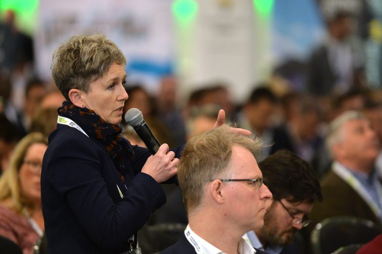 Attendee-asks-the-panel-a-question-Thames-Estuary-Development-Conference-2019