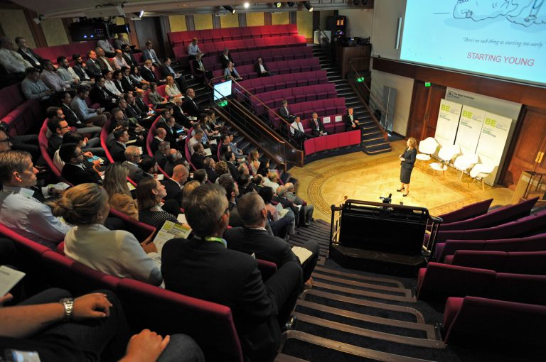 Amanda-Clack-of-CBRE-Opens-LPC-June-2019-at-the-Royal-Institution