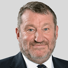 Simon Allan Penningtons Manches Cooper